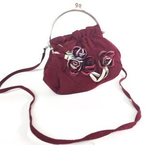 Handbags - Shoulder Purse with Roses Wire Handle